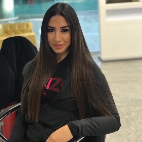 Özlem Saniye Akdoğan - Adnan Menderes Havalimanı - Makyaj Hizmetleri